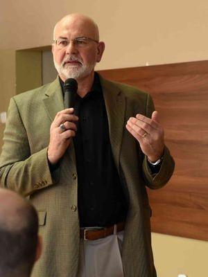 Gordon Curphy: Argumentujú odhodlaním a vierou v seba, no aj tak sú mizerní lídri