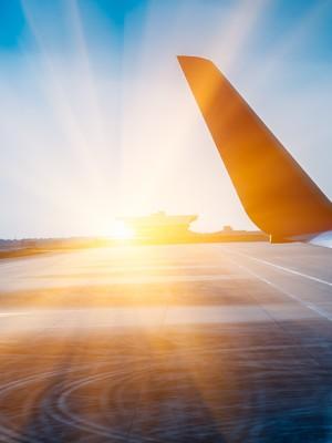 Aerolinky sú aj napriek masívnej štátnej pomoci stále dole