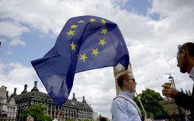 Británia potrebuje mať ´plnú nádrž´pred brexitom